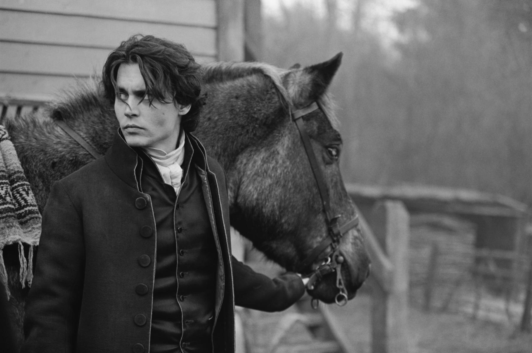 Johnny Depp on location, Sleepy Hollow, England, 1999