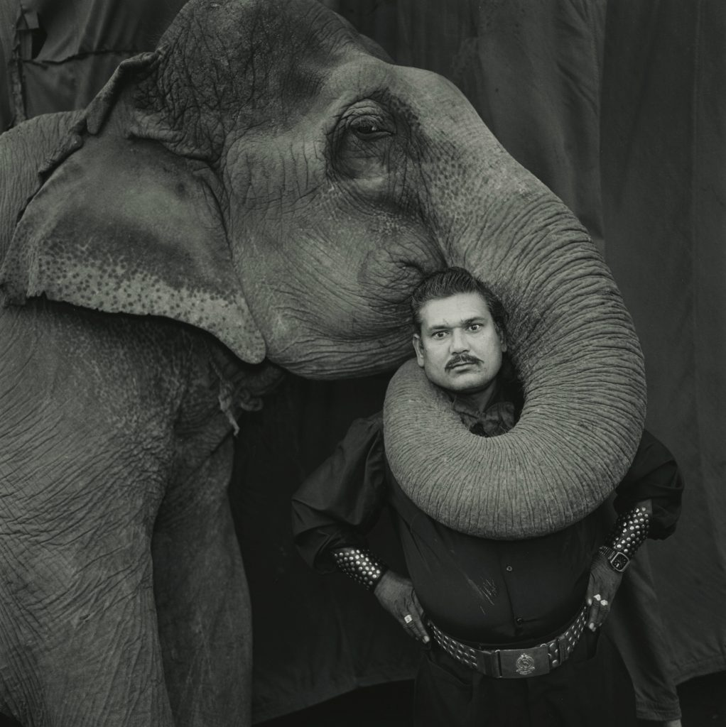 MEM©Ram Prakash Singh with His Elephant Shyama, Great Golden Circus, 1990