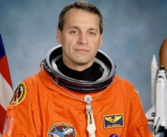 Софийски фестивал на науката ви дава възможност да се запознаете с астронавта на НАСА д-р Ричард Линехан