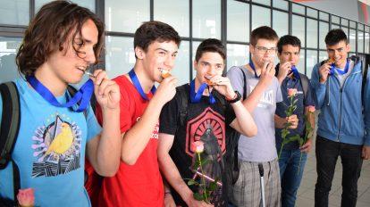 Прибраха се шампионите ни от Балканската олимпиада по математика