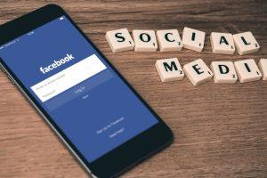 Скоро Facebook ще ни показва колко време прекарваме в социалната мрежа
