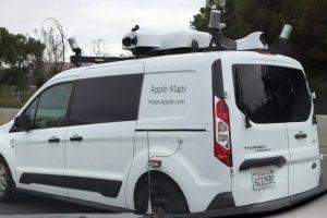Apple рестартират навигацията си и пускат коли с камери точно като Google Street view