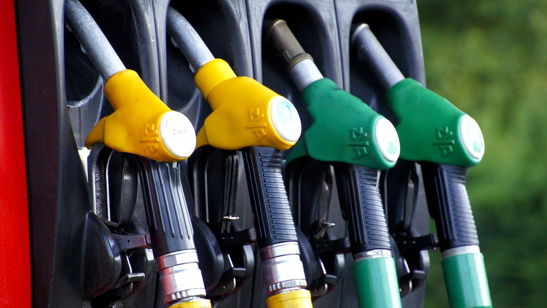 Хакери източиха 2200 литра гориво за 90 минути от бензиностанция в САЩ