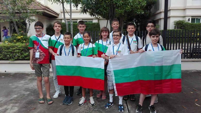 Математически фурор с 5 златни и 7 сребърни медала за българчетата от Asia Open 2018