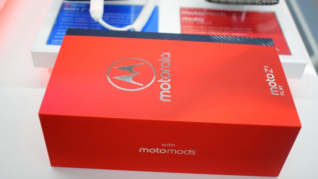 Новата Motorola Moto Z3 Play кацна в България с 6-инчов дисплей и добра цена