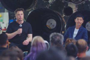 Илън Мъск праща японски милиардер на обиколка около Луната през 2023 година