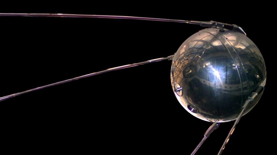 Днес преди 61 години започва космическата ера! Изстрелян е първият изкуствен спътник на Земята