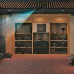 На кино вкъщи с новия CineBeam 4K UHD проектор на LG