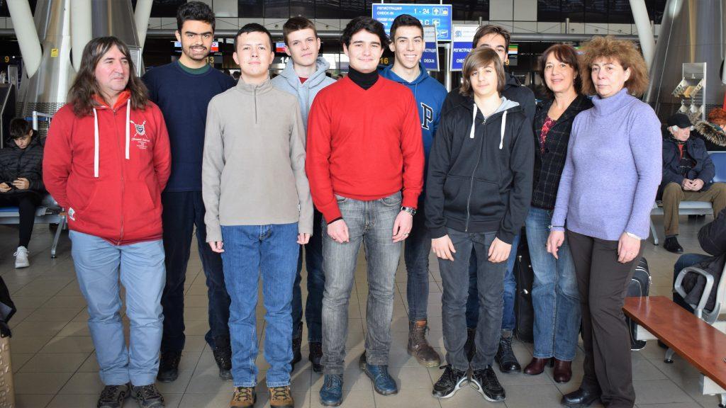 Ученици от 5 български училища се състезават на Жаутиковската олимпиада по математика, физика и информатика