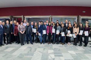 """Фондация """"Еврика"""" връчи 46 стипендии на студенти и ученици по природни науки"""
