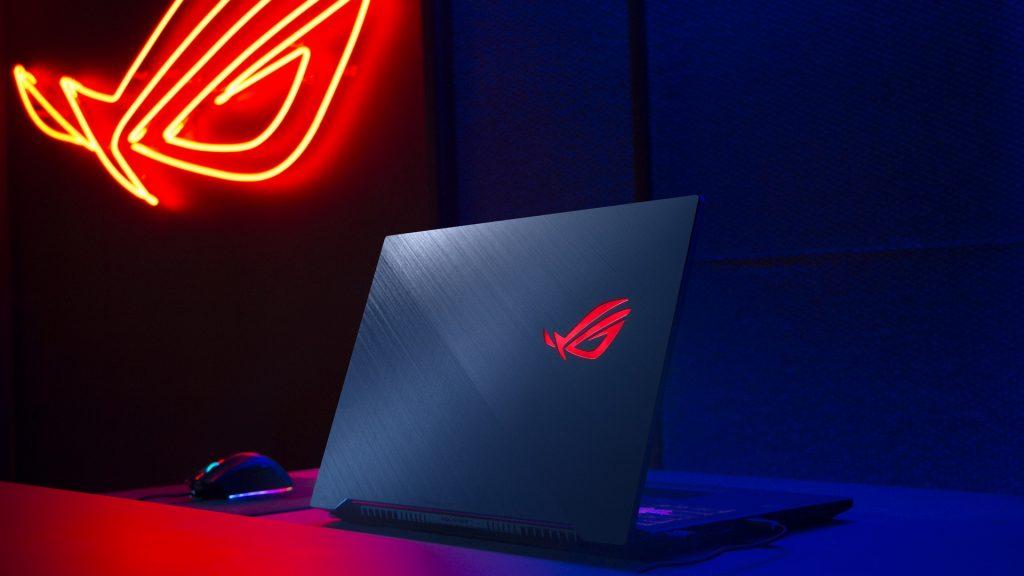 ASUS представи в България мощен лаптоп от серията ROG за електронни спортове и интензивна игра