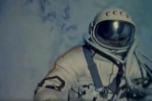 Преди 54 години Алексей Леонов става първият човек излязъл в открития Космос (видео)