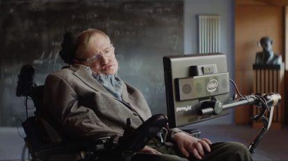 Стивън Хокинг: Самосъжалението е безсмислено и е загуба на време