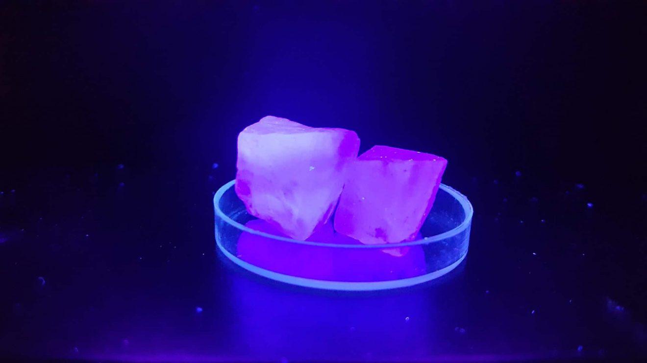 На 15 април д-р Цветан Захариев ще ни светне с наука, демонстрации и фотолуминесценция