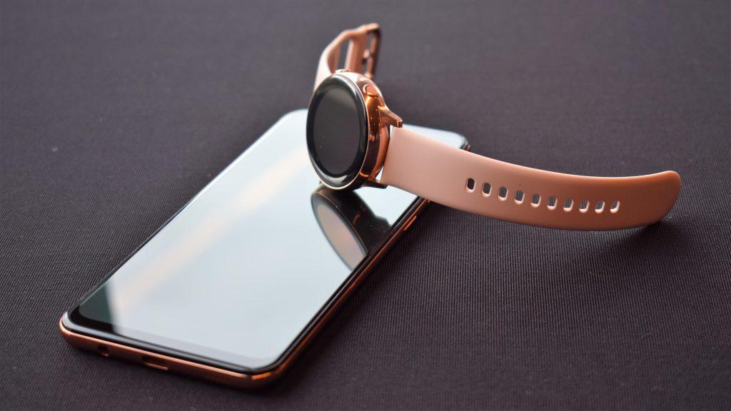 Теленор пуска смартфоните Samsung Galaxy A40 и A50 и умния часовник Galaxy Watch Active