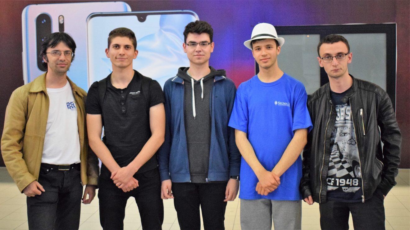 С много специални награди се прибраха българските гимназисти от Intel ISEF в Аризона