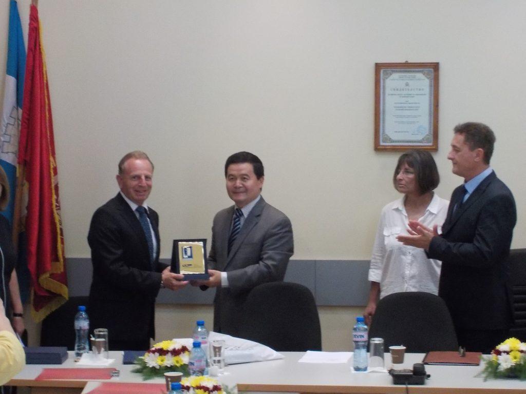 България и Китай подписаха договори за финансиране на проекти за научно и технологично сътрудничество