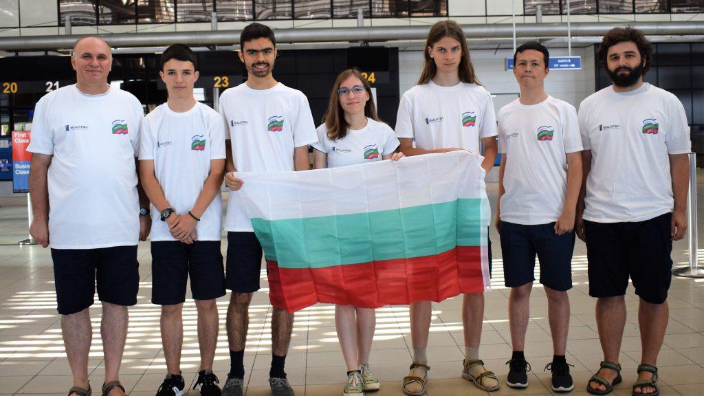Най-добрите български гимназисти по физика заминаха за Международната олимпиада (IPhO) в Израел