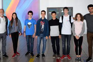 С 1 златен, 3 сребърни и 2 бронзови медала се завърнаха младите български информатици от ISI Junior
