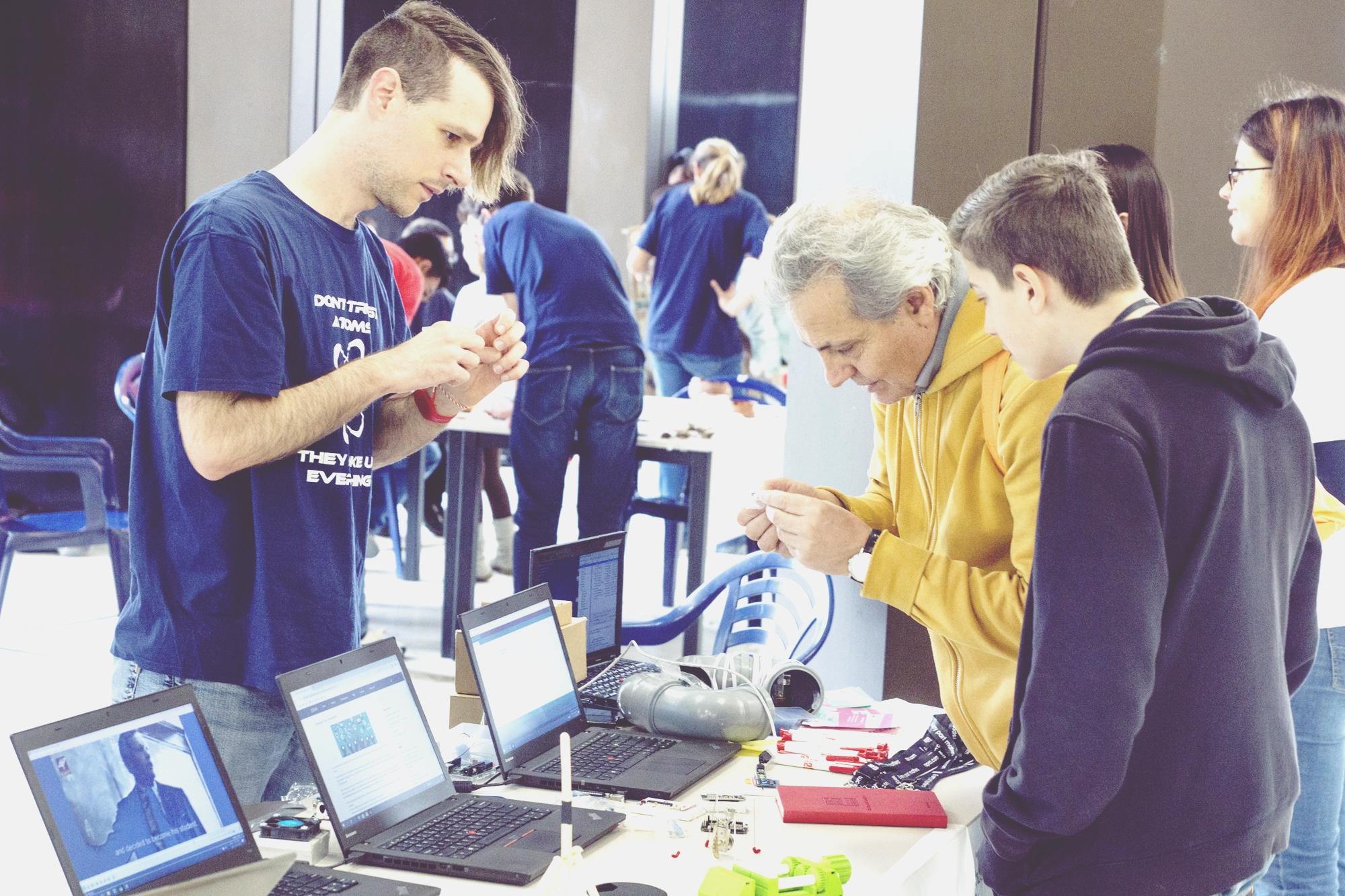 """Практическият модул на училищния фестивал """"Намереното поколение"""" ще е пълен с експерименти и демонстрации!"""