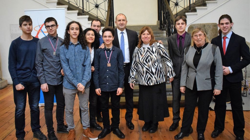 76 медала за България спечелиха учениците ни по природни науки за 2019 година (снимки)