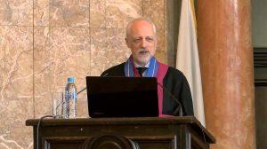 """Проф. Алън Грийр получи званието """"Доктор хонорис кауза"""" на Софийския университет (видео)"""