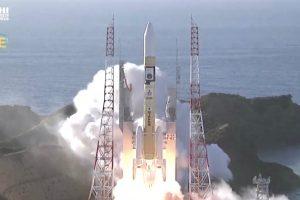 Обединените арабски емирства изстреляха успешно първата си мисия до Марс (видео)