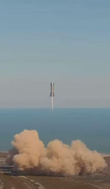 Втори успешен тест завърши със зрелищен взрив при приземяване за прототипа SN9 на Starship (видео)