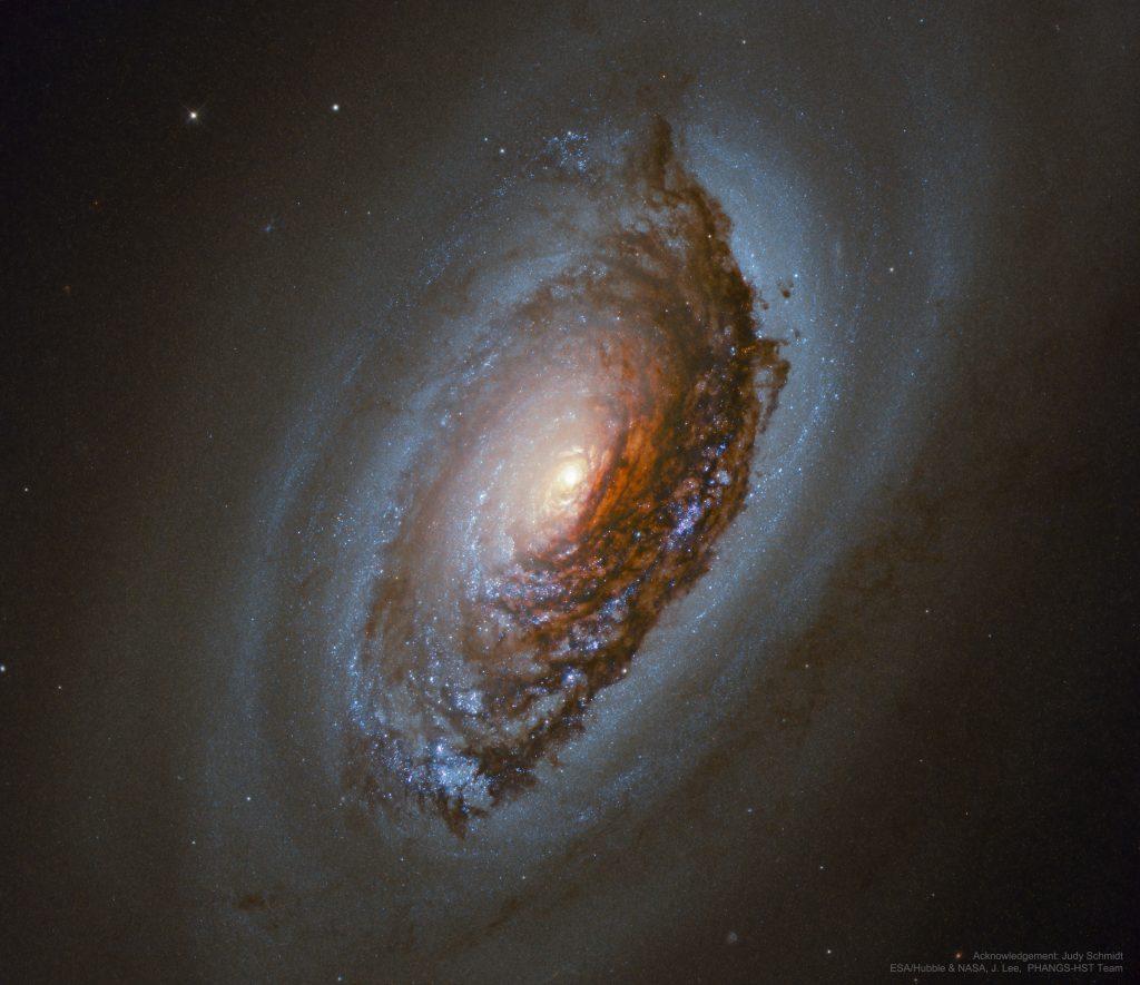 М64: Галактиката Зло око (Астрономическа снимка на деня – APOD)