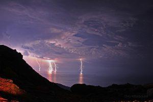 """Светкавично затъмнение от """"Планетата на козите"""" (Астрономическа снимка на деня – APOD)"""