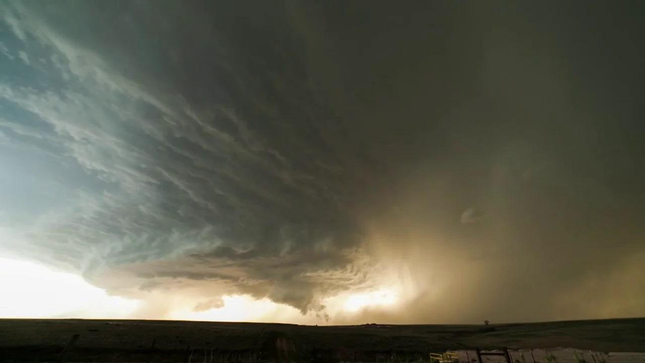 Суперклетъчна буря над Тексас (видео) (Астрономическа снимка на деня – APOD)