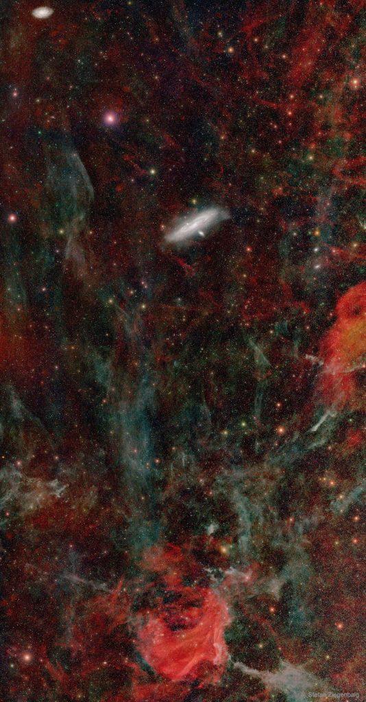 Дълбокото небе към Андромеда (Астрономическа снимка на деня – APOD)