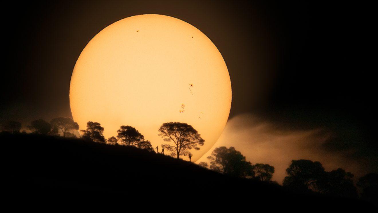 Хълмът на слънчевите петна (Астрономическа снимка на деня – APOD)